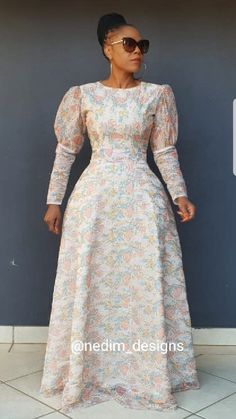 Here's Trendy traditional african fashion African Maxi Dresses, Latest African Fashion Dresses, African Print Fashion, African Attire, Casual Day Dresses, Winter Dress Outfits, Modest Fashion, Fashion Outfits, Traditional