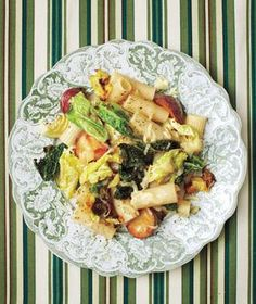 Cheesy Rigatoni With Potatoes and Cabbage | RealSimple.com