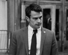 The god that is Theo James has been low on celebrity radar over the past few years. Theo James, Theo Theo, Theodore James, James 4, Pretty Boys, Cute Boys, Detective, Bae, Man Crush Monday