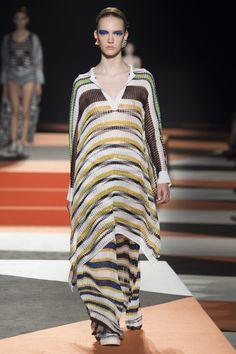 Missoni Spring 2016 Ready-to-Wear Fashion Show - Steph Smith