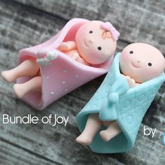 Bundle of Joy fondant toppers by Sugar High, Inc. Fondant Toppers, Cupcake Toppers, Fondant Animals, Fondant Decorations, Fondant Baby, Cake Decorating Tutorials, Craft Tutorials, Fondant Tutorial, Cupcakes
