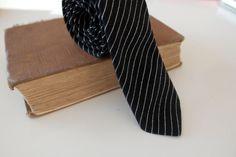 Vintage Black & White Skinny Pinstripe Suit Tie by CountingTeacups