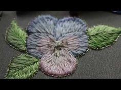 Видео Мастер-класс по вышивке односторонней гладью. Нежный цветок «Виола» - Ярмарка Мастеров - ручная работа, handmade