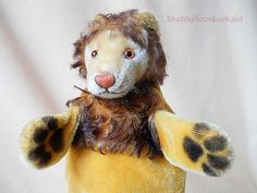Steiff hand puppet lion, vintage mohair hand puppet, made in Germany 1965 – 78, old animal glove puppet, puppet theatre lion by ShabbyGoesLucky on Etsy