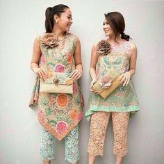 Batik and lace in pastel colour Batik Kebaya, Kebaya Dress, Blouse Batik, Batik Dress, Batik Fashion, Ethnic Fashion, Party Fashion, Fashion Outfits, Batik Pattern