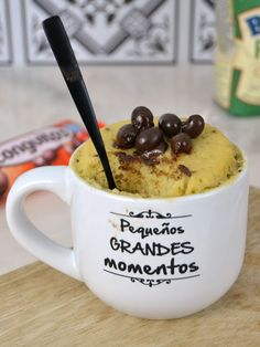 Mug cake de Conguitos. Bizcocho en taza al microondas | Cuuking! Recetas de cocina
