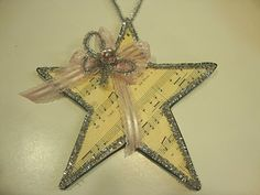 this looks so pretty. Sheet music star! Looks good on wreath with my music note ornaments!!!!