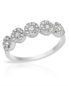 Gorgeous diamonds in white gold.