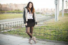 Chaleco pelo, primark, cazadora, look casual, blusa, blog de moda, bloggera, mini falda