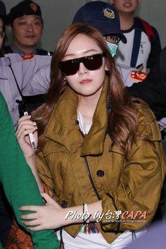Jessica @ Taoyuan Airport (April 25, 2012)