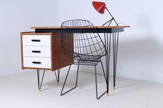 pastoe-desk-white-drawers-teak-hairpin-wire-legs-braakman-fifties-design-dutch-2
