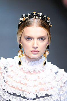 Dolce & Gabbana Fall 2012 RTW.