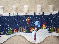 moldes cenefa navideña patchwork - Buscar con Google Christmas Valances, Christmas Fabric, Christmas Love, Christmas Stockings, Snowman Crafts, Felt Crafts, Diy And Crafts, Felt Christmas Decorations, Xmas Ornaments