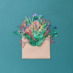 Cut paper adds a subtle dimensionality to illustration. Check out 10 stunning examples of cut paper illustration to put you in tune with nature. Kirigami, Cut Paper Illustration, Nature Illustration, Creative Bag, Paper Plants, Paper Leaves, Up Book, Book Art, Paper Artist