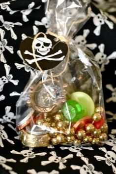 Having a pirate party and looking for some fun and great ideas for the kids to take home as party favors? We have gathered up some of the best pirate party favor ideas. Pirate Birthday, Pirate Theme, Boy Birthday, Birthday Ideas, Pirate Party Favors, Party Favours, Shower Favors, Shower Invitations, Wedding Favors