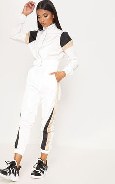 The White Stripe Shell Tracksuit Joggers. Sporty Outfits, Trendy Outfits, Cute Outfits, Fashion Outfits, Trousers Women, Pants For Women, Clothes For Women, White Tracksuit, Sport Fashion