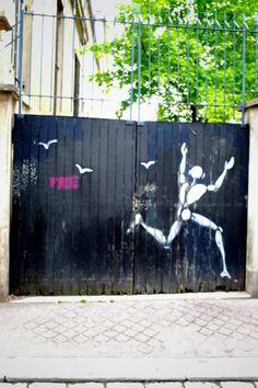 Jerome Mesnager - street art - paris 5 - rue thouin (juin 2013)