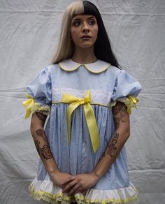 Image about Tattoos in Melanie Martinez by holls Melanie Martinez Outfits, Crybaby Melanie Martinez, Melanie Martinez Photography, Pretty People, Beautiful People, Lgbt, Cry Baby, Queen, Poses