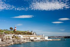 15 Best Things to Do in Plymouth (Devon, England) - The Crazy Tourist - 2020 World Travel Populler Travel Country Sprachreise England, Plymouth England, Devon England, Plymouth Beach, Plymouth Hoe, Corfe Castle, Places In England, Devon And Cornwall, Canada