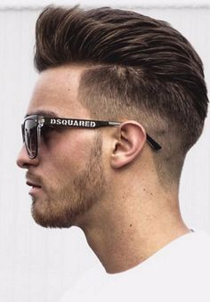 22 Fade out hairstyles for men 2018 2019 New Hair Cut new hair cut look for man Smart Hairstyles, Mens Hairstyles 2018, Popular Mens Hairstyles, Cool Mens Haircuts, Boy Hairstyles, Men's Haircuts, Men Hairstyle Short, Fade Out, Men Haircut 2018