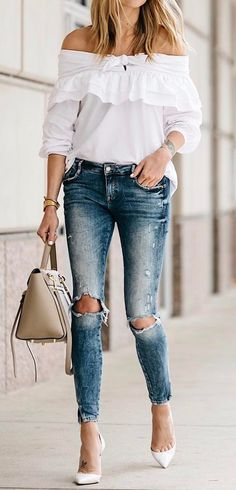 perfect outfit idea white blouse + ripped jeans + bag1