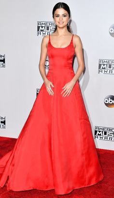 AMAs 2016 Best Dressed on the Red Carpet - Selena Gomez in a red Prada dress