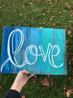 Beach color love rustic pallet sign by Mycolorpallet on Etsy https://www.etsy.com/listing/563259674/beach-color-love-rustic-pallet-sign