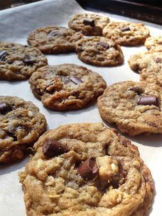 These Chocolate Chip Oatmeal Cookies are fabulous. Butter, flour, sugar, oatmeal, chocolate chunks...Mmmm. Perfect for picnics and lunch boxes.