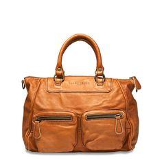03b6fee9158 De 27 beste afbeelding van Liebeskind bags - Wallet, Bags en Kids