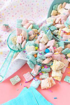 Sweet Unicorn Chex Mix