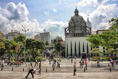 Best Things to Do in Medellin, Colombia - Tripelle Famous Colombians, Colombian Cities, Stuff To Do, Things To Do, The Second City, Family Outing, Great Night, Travel Alone, Latin America