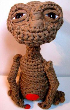 Fuente: http://artesanio.com/kechulo-com/et-el-extraterrestre-de-trapillo+73369