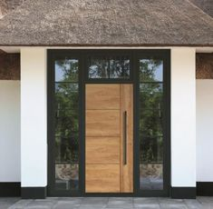 Modern Entrance Door, House Front, House Exterior, Entry Doors, Entrance Design, Scandinavian Doors, Front Door Design, Scandinavian Front Doors, Doors