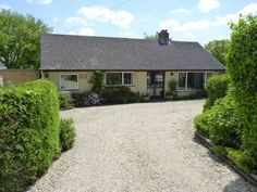 Finstock £375k Martyn R Cox; 1251sqft - what do you think of Finstock ?