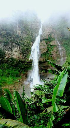Colombia - Cascada la Humareda, la Belleza, Santander.