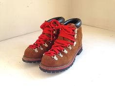 vintage donner style hiking boots kids hiking boots size 6/7 by fuzzymama on Etsy