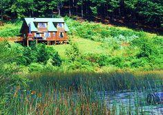 Ons sal mos ons oogtande gee om daar te kan gaan uitspan vir 'n naweek. Stanford Lake Lodge is privaat en pragtig! Types Of Lawn, Mere Mortals, Weed Control, Organic Fertilizer, Lawn Care, Cabin, Adventure, House Styles, Places
