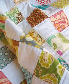 modern baby quilt...with perfect top stitching!