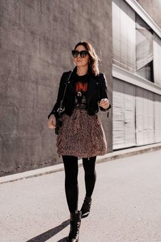 Was ziehe ich morgen an? 5 Frühlingsoutfits für jeden Tag! Casual Chic Outfits, Fashion Group, All About Fashion, Passion For Fashion, Fashion Blogger Style, Fashion Trends, Fashion Bloggers, Neue Outfits, Mode Blog