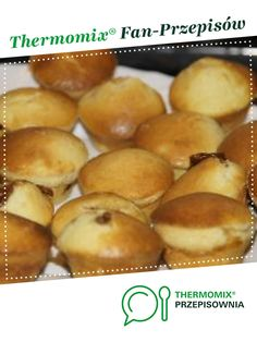Babeczki z dżemem (najlepsze!) jest to przepis stworzony przez użytkownika agusiaks. Ten przepis na Thermomix® znajdziesz w kategorii Słodkie wypieki na www.przepisownia.pl, społeczności Thermomix®. Hod Dog, Pretzel Bites, Hamburger, Bread, Minnie Mouse, Recipes, Food, Kitchen, Cooking