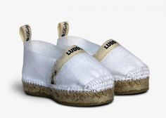 They are entirely handcrafted and made of 100% cotton. And 100% adorable!