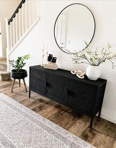 Home Interior Design .Home Interior Design Living Room Chairs, Living Room Decor, Living Room Cabinets, Renta Casa, Flur Design, Design Living Room, Interior Minimalista, Deco Design, Cheap Home Decor