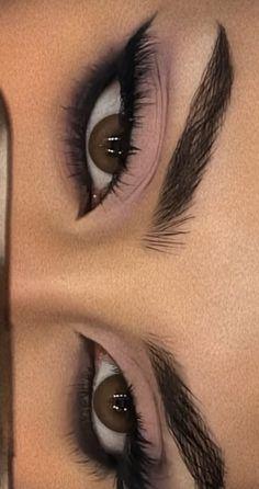 Edgy Makeup, Eye Makeup Art, Cute Makeup, Makeup Goals, Pretty Makeup, Skin Makeup, Eyeshadow Makeup, Makeup Inspo, Makeup Inspiration