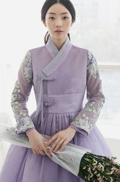 hanbok with lace combination Korean Traditional Dress, Traditional Fashion, Traditional Dresses, Korean Fashion Trends, Korean Street Fashion, Asian Fashion, Fashion Ideas, Fashion Tips, Kimono Fashion