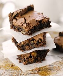 For many it seems the idea of brownies made with mayonnaise ranges from confusing to repulsive; although it of course doesn't help if the person in question hates mayonnaise to begin with. Brownie Recipes, Chocolate Recipes, Cake Recipes, Delicious Chocolate, Mayonnaise, Stork Recipes, Bbc Good Food Recipes, Yummy Food, Blondie Brownies