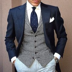 Everybody loves Suits : Another example of great color and pattern...