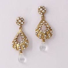 Surprising White Drop Diamond Earring By Varaition