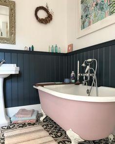 Cosy Bathroom, Small Bathroom, Bathrooms, Attic Bathroom, Family Bathroom, Bathroom Ideas, Unique Home Decor, Cheap Home Decor, Bathroom Interior Design