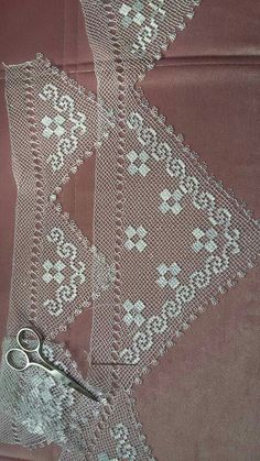 This Pin was discovered by Ewa Needle Lace, Bobbin Lace, Needle And Thread, Filet Crochet, Beading Tutorials, String Art, Seed Beads, Tatting, Needlework