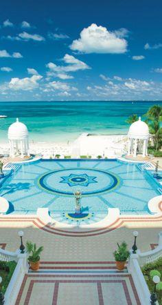 Riu Palace Las Americas, renovated hotel in Cancun, Mexico. All Inclusive hotel